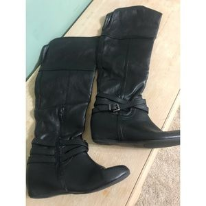 Women Black Leather Boots (Knee High)